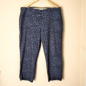 CHICOS sz 3  equ XL grey leopard print soft jeans